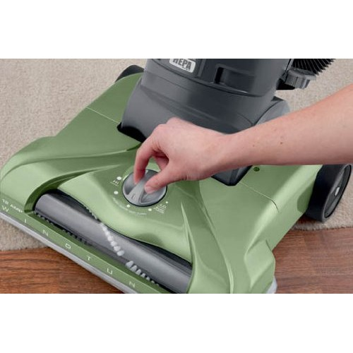 Hoover T Series Windtunnel Rewind Plus Bagless Upright